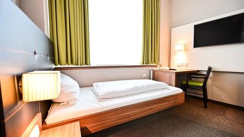 . Joesepp´s Hotel am Hallhof