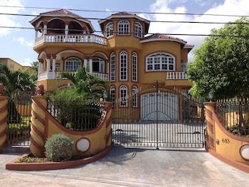 Hotel - Cazwin Villa