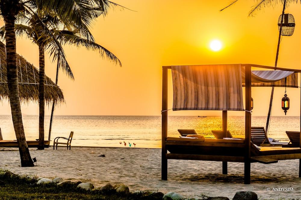 https://i.travelapi.com/hotels/9000000/8710000/8704100/8704041/2546e7f0_z.jpg