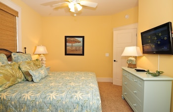 Guestroom at The Cottages at North Beach Plantation in North Myrtle Beach