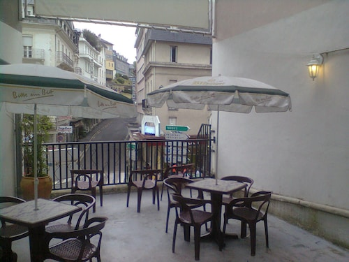 Hotel Saint Jean Baptiste, Hautes-Pyrénées