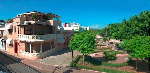 Casa del Sol, Distrito Nacional