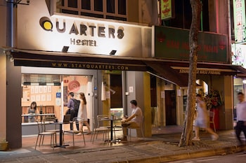 Hotel - Quarters Capsule Hostel