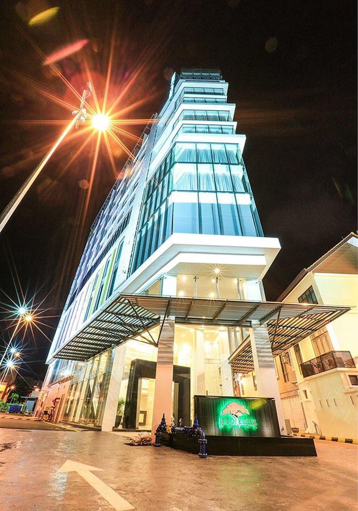 エコツリー ホテル