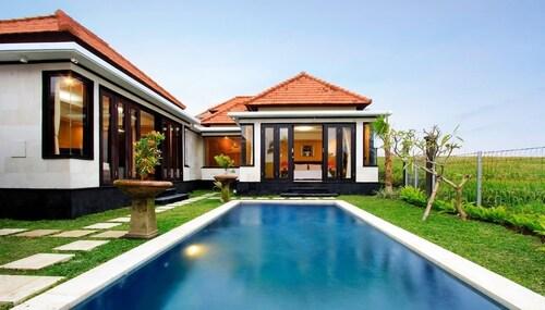Pande Villas Spa & Restaurant, Badung