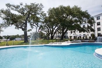 Hotel - White House Hotel