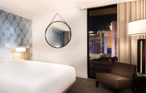 The LINQ Hotel + Experience image 48