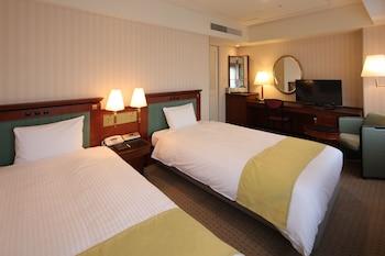 Standard Twin Room, Multiple Beds, Smoking