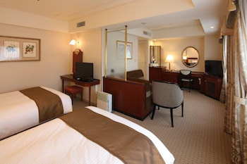 Deluxe Twin Room, Multiple Beds, Smoking