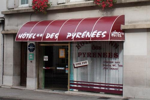 . Hôtel des Pyrénées