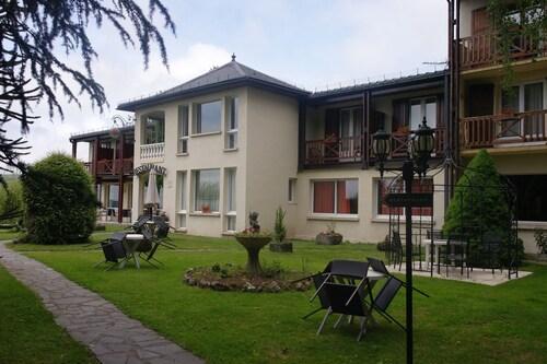 Hostellerie Saint-Clément, Cantal