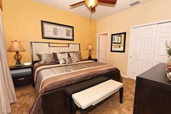 4 Bedroom Pool Home