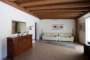 AGRI-COSTELLA COUNTRY HOUSE VIESTE
