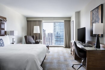 Room, 1 King Bed, Non Smoking, View (Skyline Room)