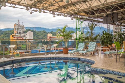 . Hotel Villavicencio Plaza