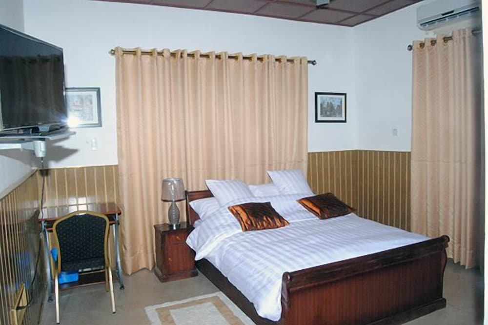 Okumah Hotel, Kumasi,Ghana