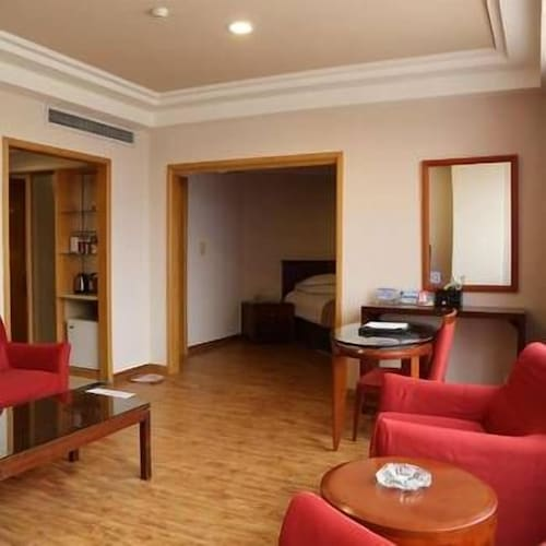 Huidong Business Hotel, Linyi