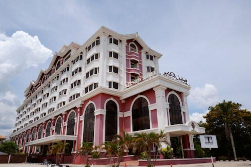 . Parkview Hotel