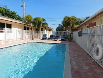 Hotel - Lauderdale Villas, Suites by the Sea