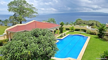 Villa Pedro - Boutique Hotel Negros Oriental Outdoor Pool