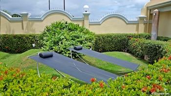 Villa Pedro - Boutique Hotel Negros Oriental Sundeck