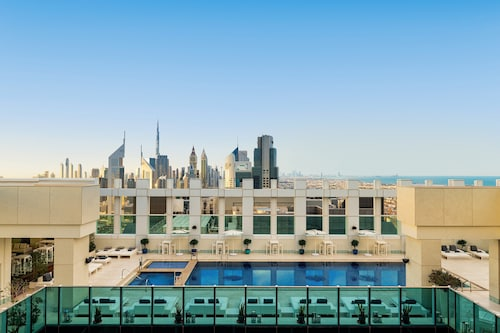 . Sheraton Grand Hotel, Dubai