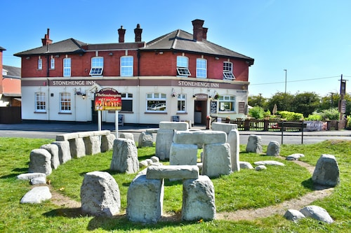 . The Stonehenge Inn and Carvery
