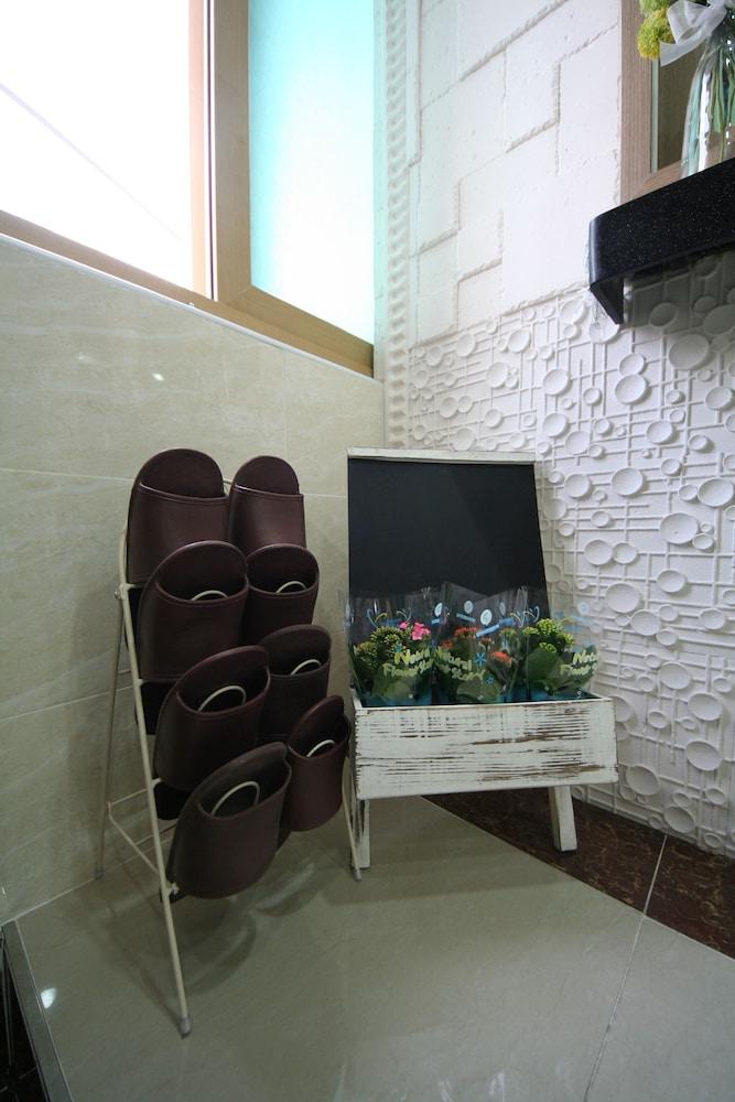 ビジョン ゲスト ハウス