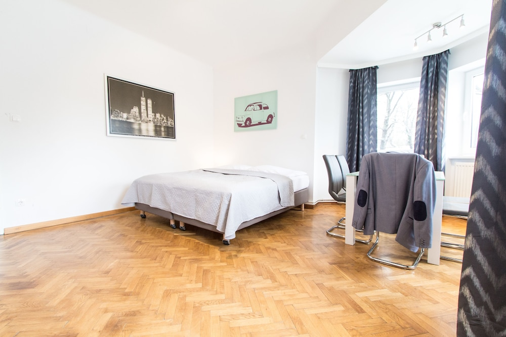 CheckVienna - Apartment Veitingergasse