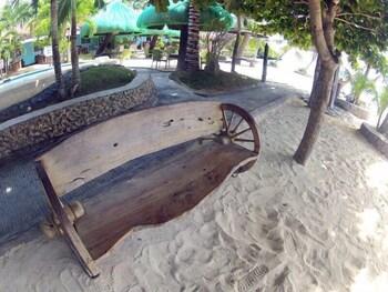 Mangodlong Rock Resort Cebu Property Amenity