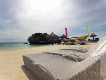 Mangodlong Rock Resort Cebu Sundeck