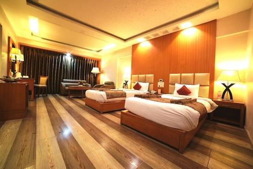 . Hotel Babylon Inn
