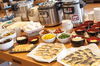 HOTEL MYSTAYS HANEDA Breakfast buffet
