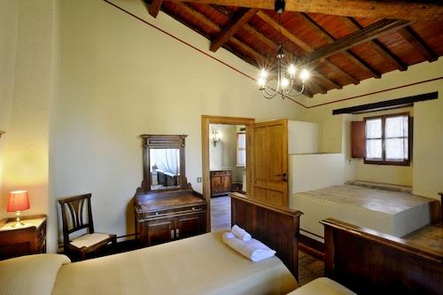 . Albergo Diffuso Borgo Montemaggiore