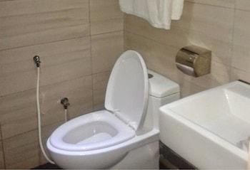 101 Bangi Hotel - Bathroom  - #0