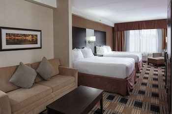 Holiday Inn Express & Suites Ottawa East - Orleans - Guestroom  - #0