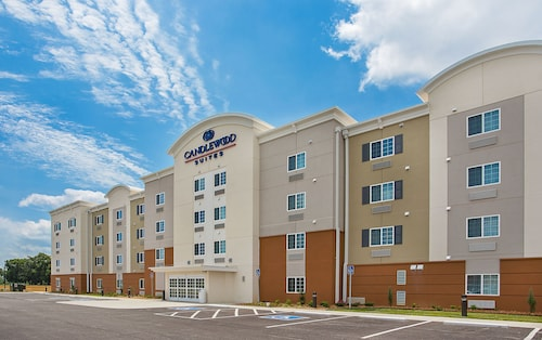 . Candlewood Suites Oak Grove - Fort Campbell, an IHG Hotel