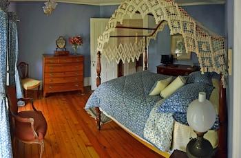 Mohawk Room
