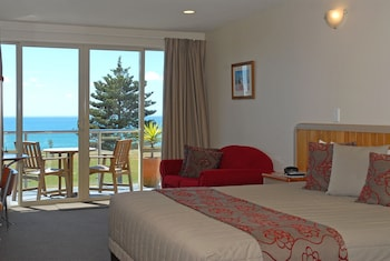 Hotel - Pebble Beach Motor Inn