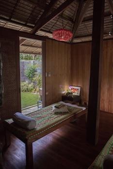 Cadlao Resort & Restaurant El Nido Treatment Room