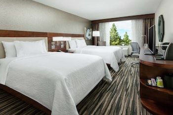 Room, 2 Queen Beds, Accessible, Bathtub (Mobility Accessible w/ Tub)