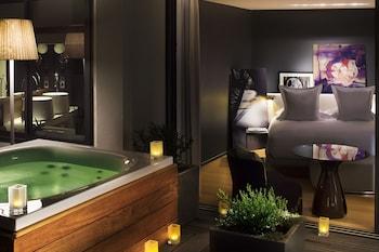 Suite, Hot Tub (Le Dôme)