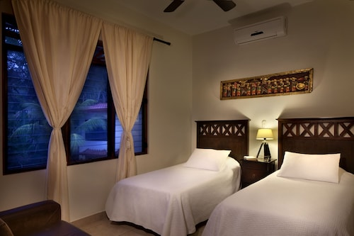 Best in Jaco Beach Front Luxury Condos, Garabito